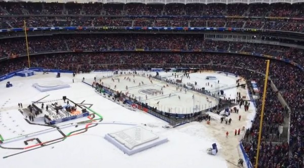 Stadium-Series-NHL-Yankee-Stadium-2014-600x333