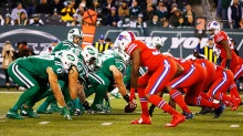 EAST RUTHERFORD, NJ - NOVEMBER 12:  The New York Jets and the Buffalo Bills line up during their game at MetLife Stadium on November 12, 2015 in East Rutherford, New Jersey.  (Photo by Al Bello/Getty Images)