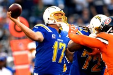 San Diego Chargers quarterback Philip Rivers #17 delivering he football and has lead his team to a 10-3 lead over the Denver Broncos at Qualcomm Stadium, San Diego, CA October 13, 2016.Joe Amon, The Denver Post
